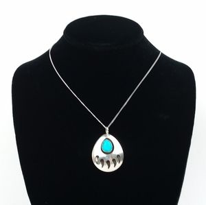 Native American Turquoise Bear Claw Necklace